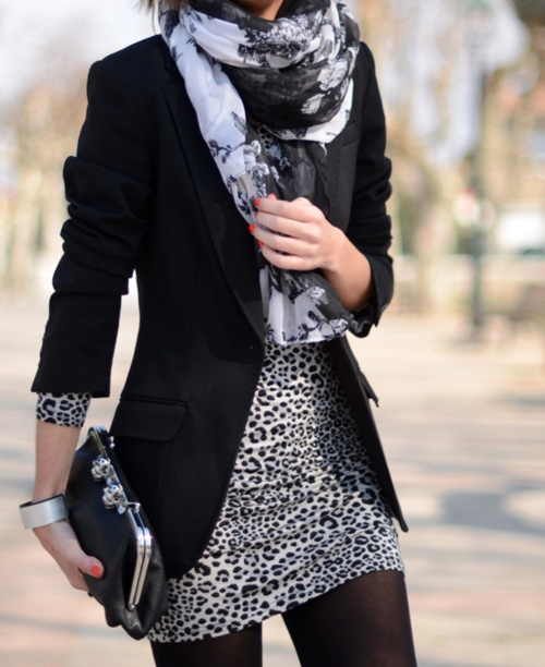 Get the look – black & white