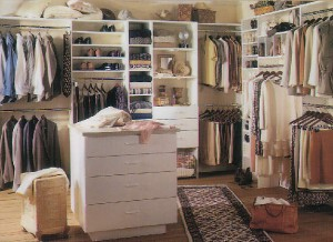 laminated_clothing_closet