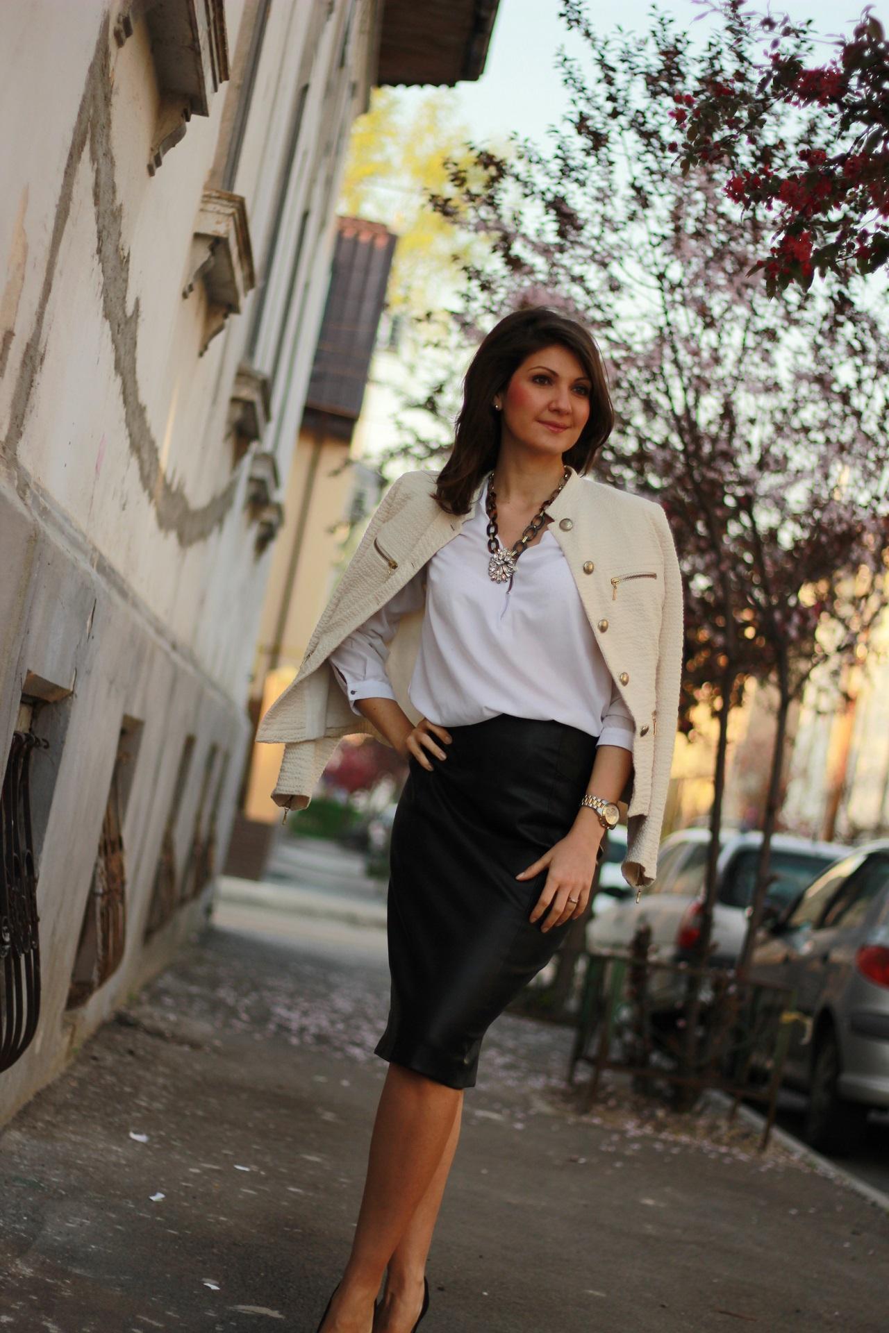 alb si negru ancasdiary fusta piele