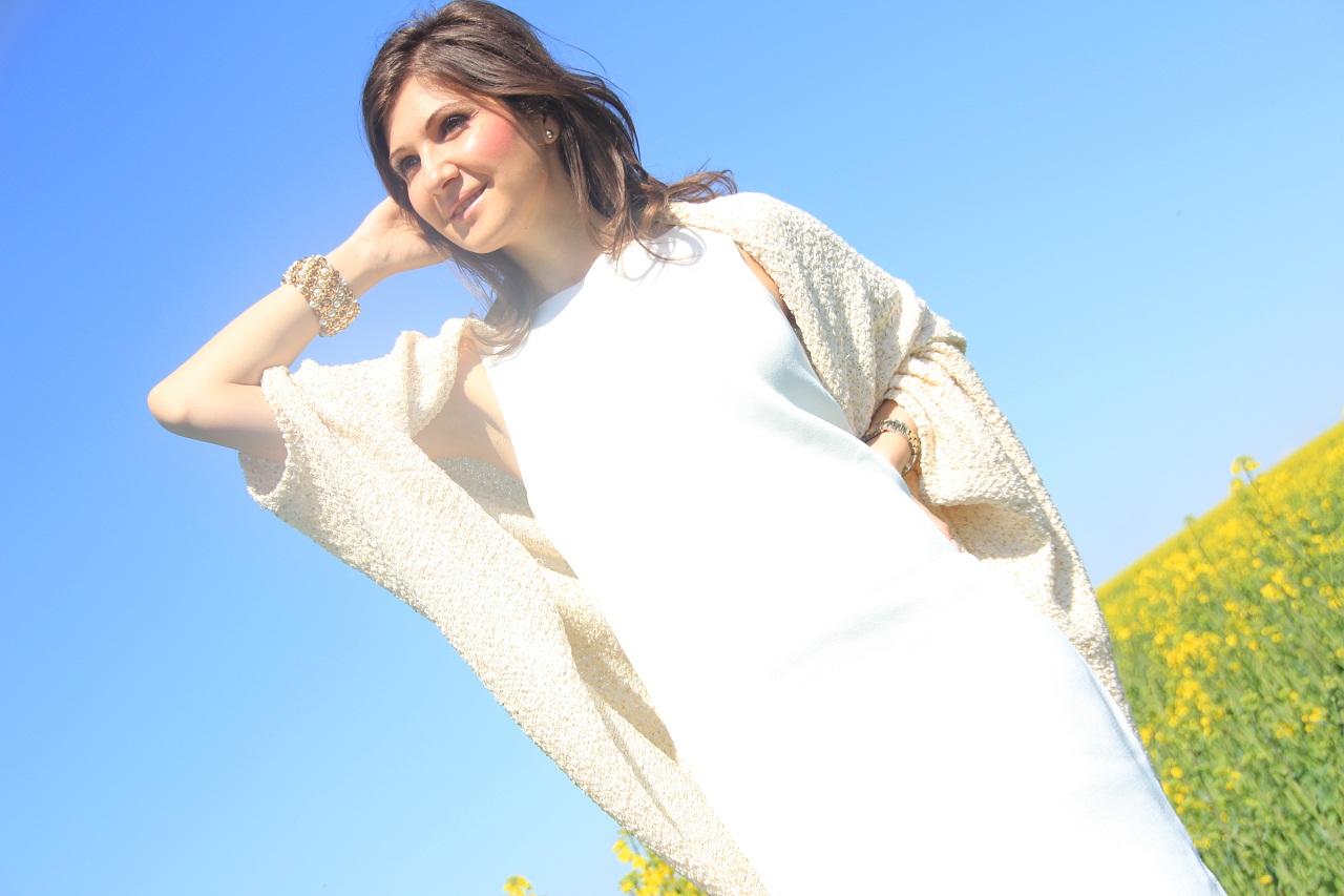 tinute gravida rochie alba
