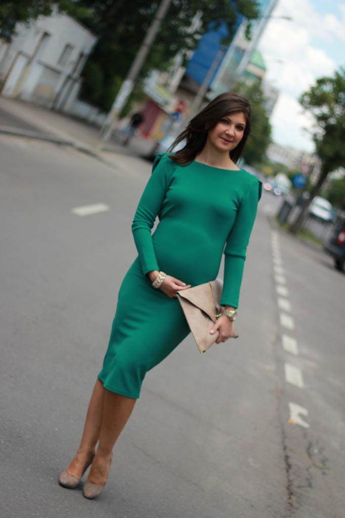 tinute gravide; rochii de seara