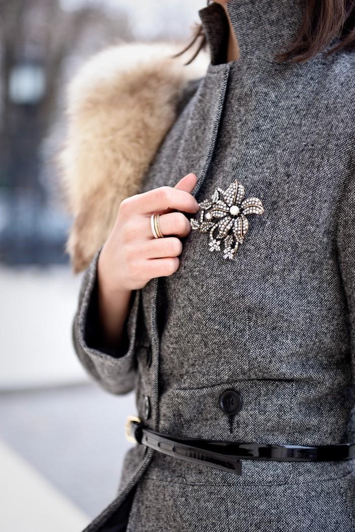 sacou gri si fusta neagra ampla, ancasdiary blog fashion