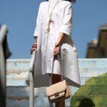Rochia albă, nelipsită din garderoba de vară