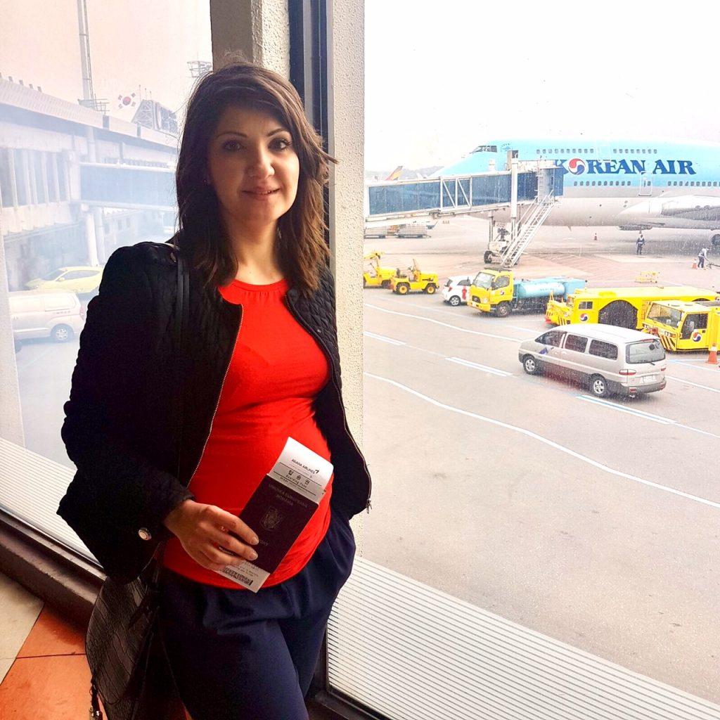 Calatoriile cu avionul in timpul sarcinii - cateva sfaturi utile