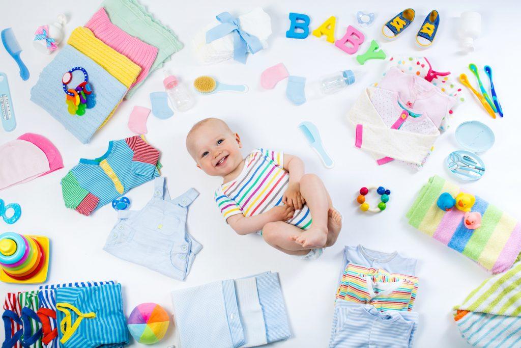 Cum să eviți cumpărăturile inutile pentru bebeluș
