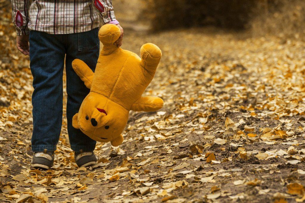 Cum trebuie să reacționăm atunci când copiii au prieteni imaginari?
